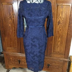 Metisu Navy Blue Long Sleeve Fitted Lace Dress